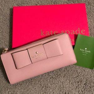 Kate Spade Nisha Wallet in Dusty Pink